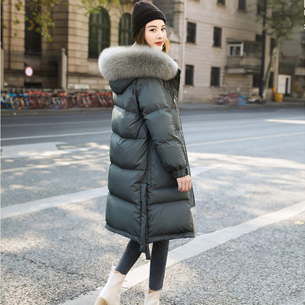 Women's down jacket 2019 new winter Korean version of the loose fashion in the long section over the knee really big fur collar thick explosion models